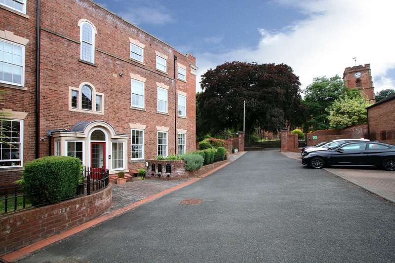 2 Bedrooms Apartment Flat for sale in Church Road, Oldswinford, Stourbridge, DY8
