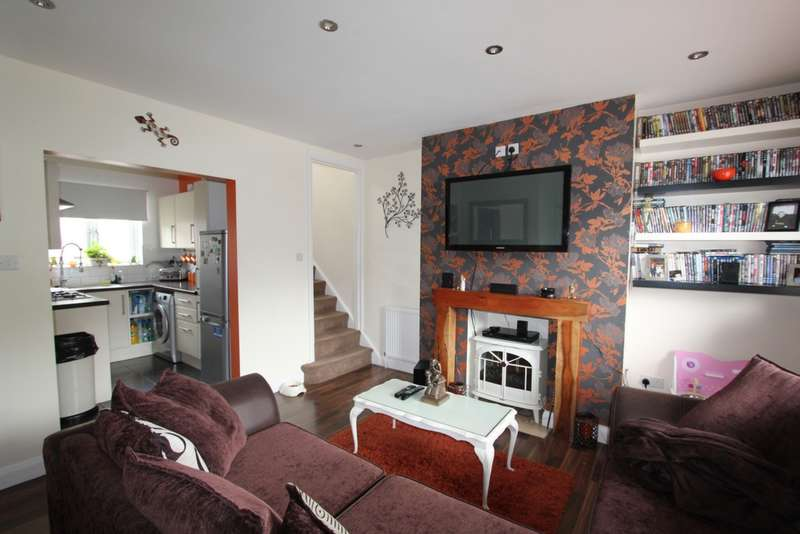 3 Bedrooms Terraced House for sale in Long Lane, Addiscombe, CR0