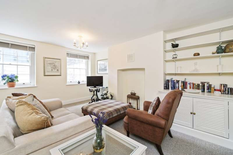 1 Bedroom Flat for sale in Kennington park road, Kennington, London, SE11