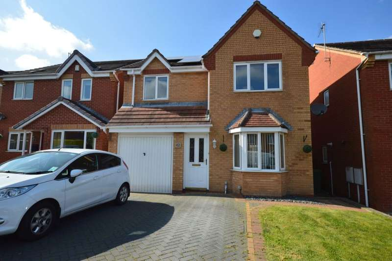 3 Bedrooms Detached House for sale in Ashton Road, Clay Cross, Chesterfield, S45