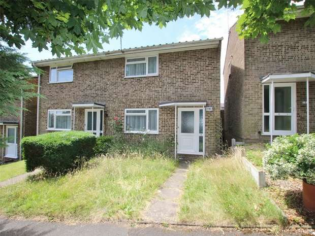 3 Bedrooms Semi Detached House for sale in Winston Avenue, Parkstone, POOLE, Dorset