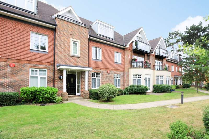 2 Bedrooms Flat for sale in Marsh Point, Pinner