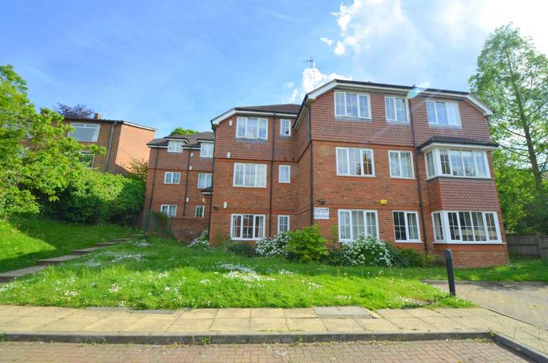 2 Bedrooms Apartment Flat for sale in Greatacre, Chesham HP5