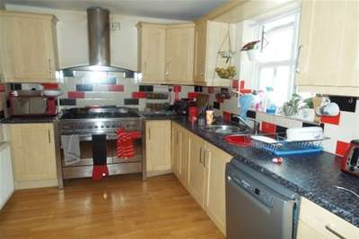 4 Bedrooms Detached House for rent in Maythorn Close, Compton Acres, West Bridgford