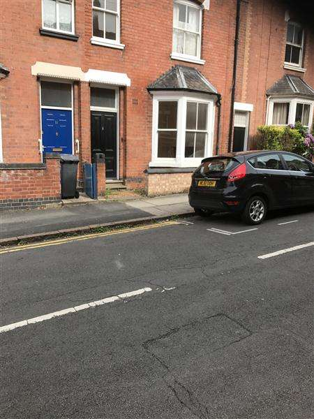 5 Bedrooms Terraced House for rent in Newton Street