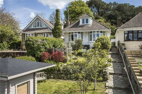 3 Bedrooms Detached Bungalow for sale in Lulworth Road, Wool, Dorset
