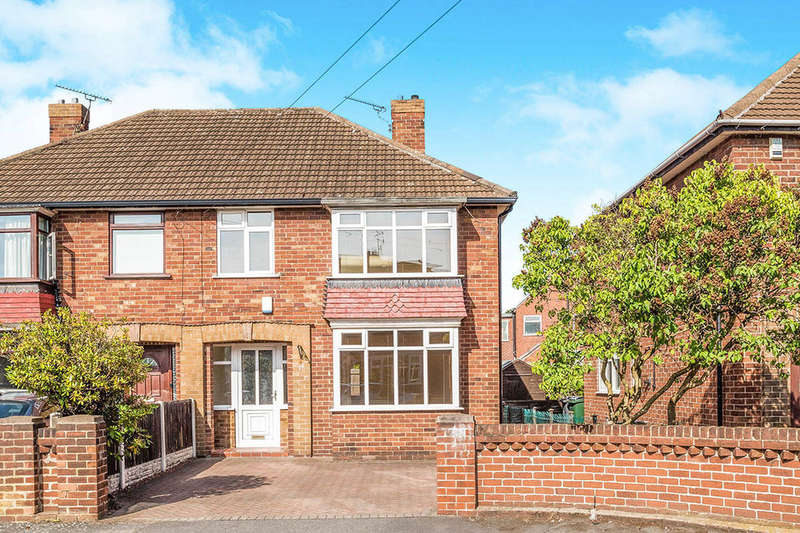 3 Bedrooms Semi Detached House for sale in Sunningdale Road, Wheatley Hills , Doncaster, DN2