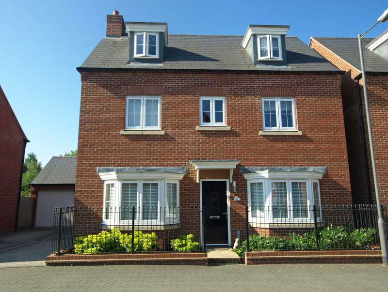 4 Bedrooms Detached House for sale in Lace Lane, Buckingham