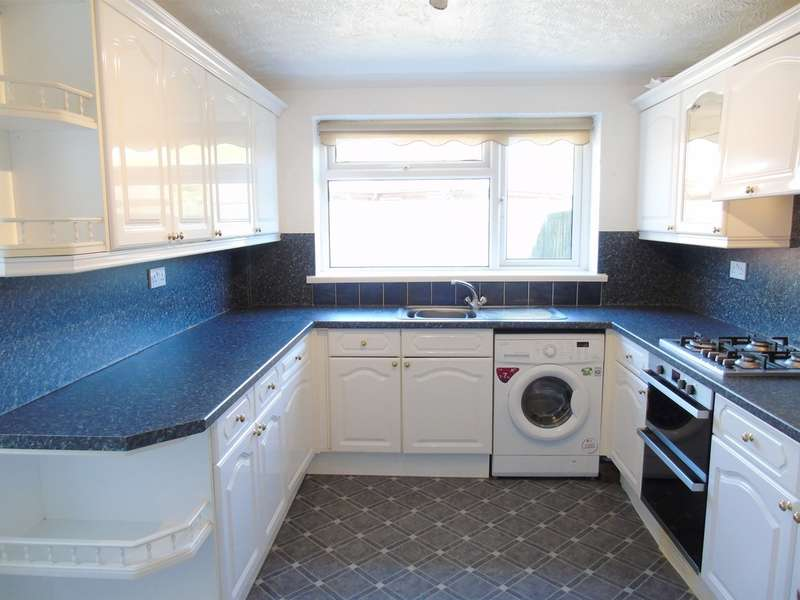 4 Bedrooms Semi Detached House for sale in Cowslip Drive, Penarth