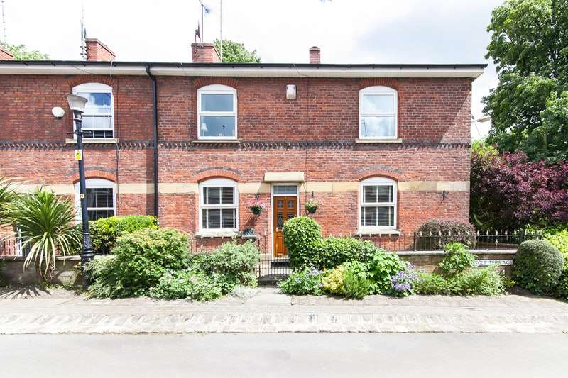 3 Bedrooms End Of Terrace House for sale in dingle terrace, ashton under lyne, Lancashire, OL6