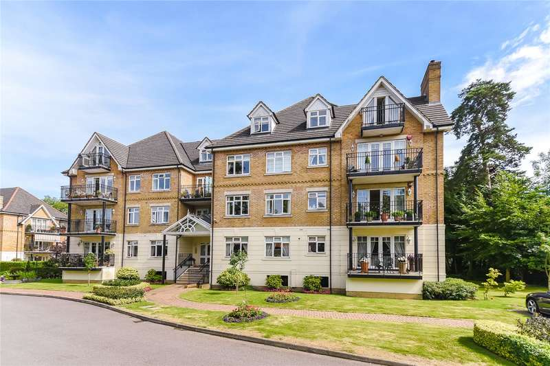 2 Bedrooms Flat for sale in Highfield, High Road, Bushey, WD23