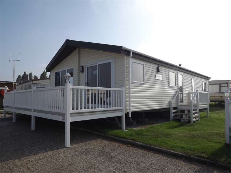 2 Bedrooms Park Home Mobile Home for sale in The Lodge, Shurland Dale Holiday Park, Warden Road