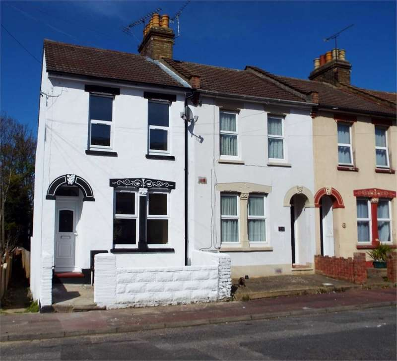 3 Bedrooms House for sale in Neville Road, Chatham