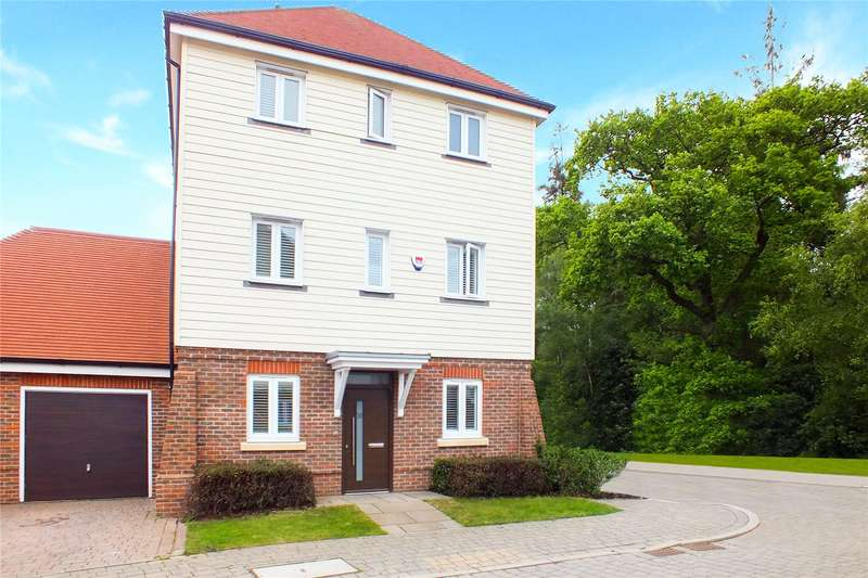 3 Bedrooms Detached House for sale in Willowbourne, Fleet, GU51