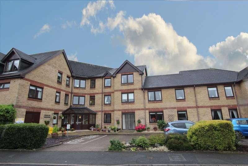 2 Bedrooms Flat for sale in Jerome Court, Langham Green, Streetly, B74 3PS