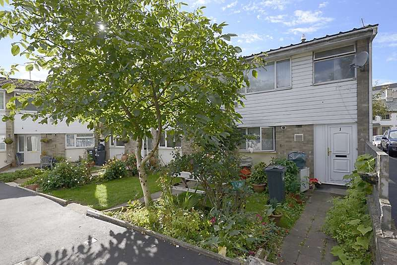 3 Bedrooms End Of Terrace House for sale in Lynchen close, Cranford, Middlesex, TW5