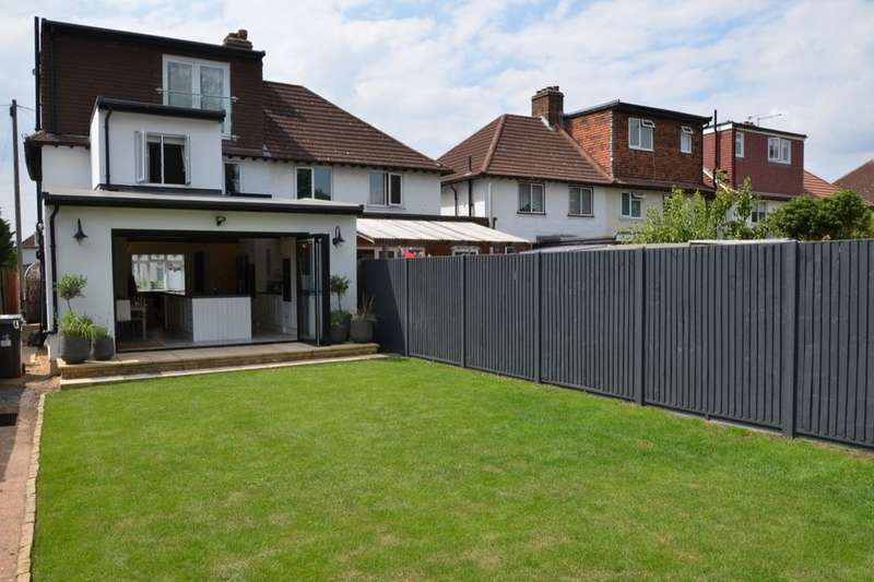 4 Bedrooms Semi Detached House for sale in Douglas Road, Kingston Upon Thames, KT1