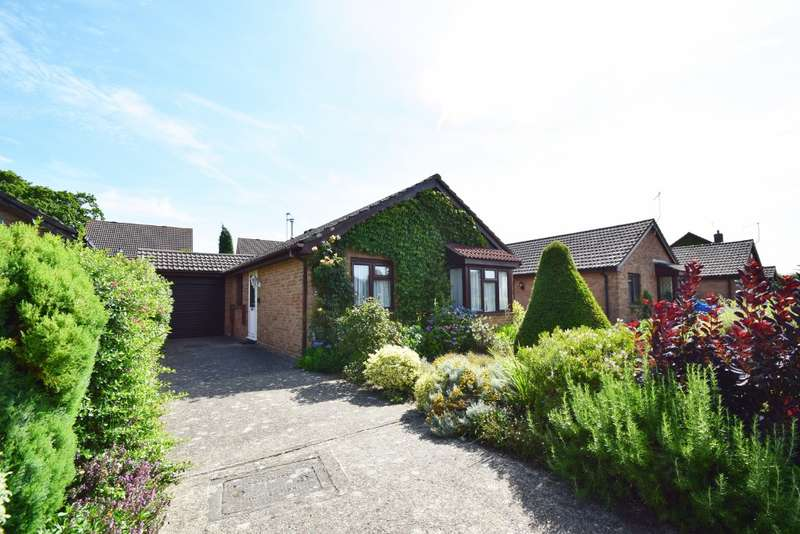3 Bedrooms Bungalow for sale in Sandford