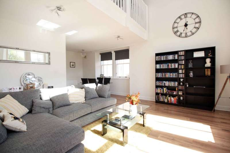 1 Bedroom Flat for sale in North Road, Liff, Dundee, Angus, DD2 5SQ