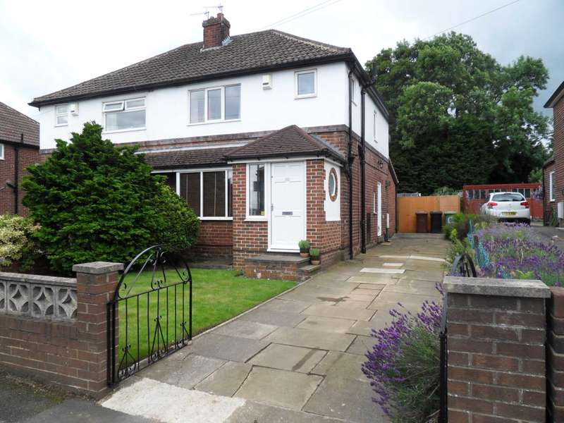 3 Bedrooms Semi Detached House for sale in 26 Wesley Street, Farsley, LS28 5LE