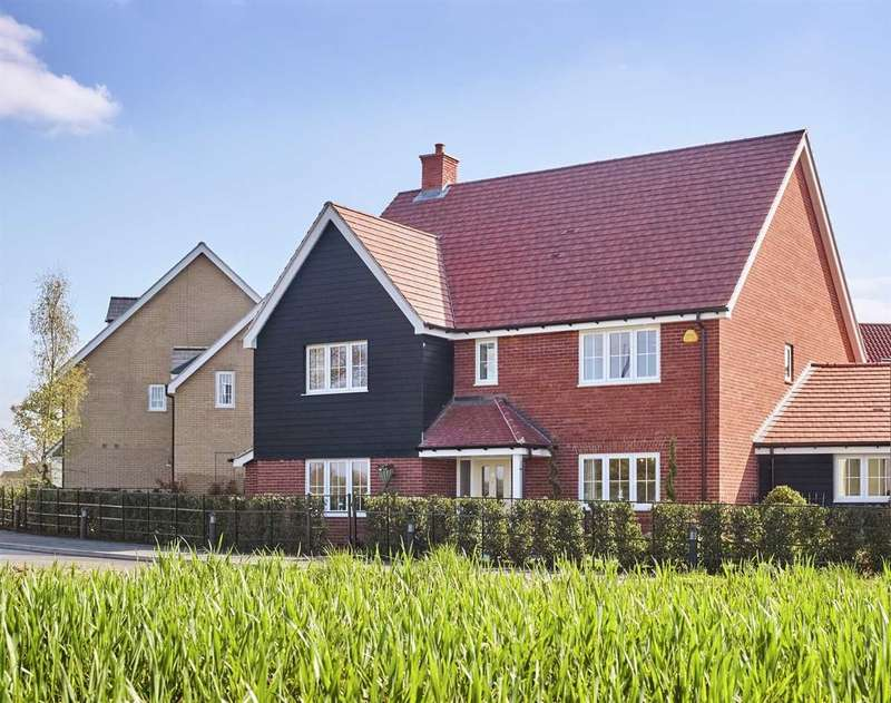 5 Bedrooms Detached House for sale in Little Hollows, Hollow Lane, Chelmsford