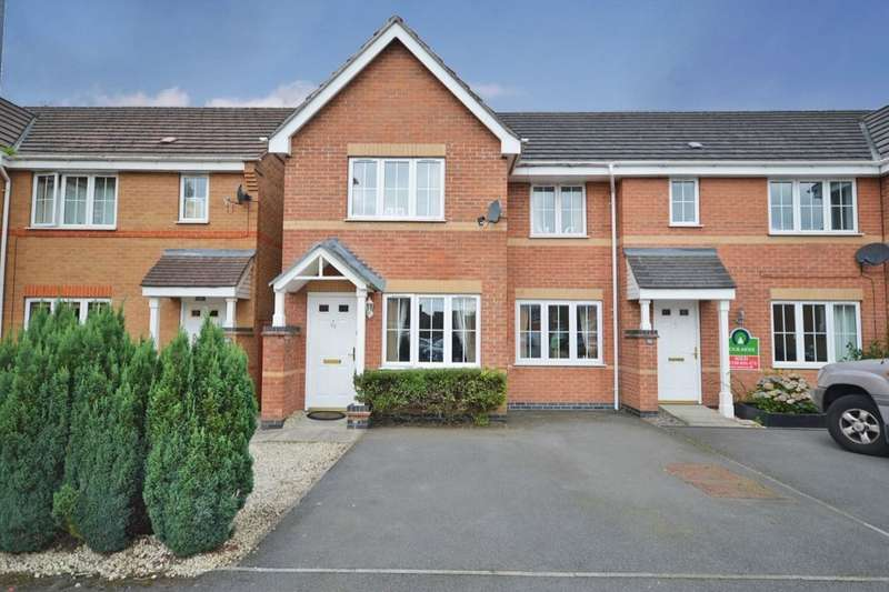 3 Bedrooms Property for sale in Hampton Close, Coalville, LE67