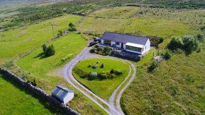 3 Bedrooms Bungalow for sale in Groeslon, Waunfawr, Caernarfon, Gwynedd, LL55