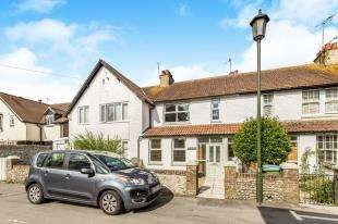 3 Bedrooms Terraced House for sale in Waterloo Road, Felpham, Bognor Regis, West Sussex