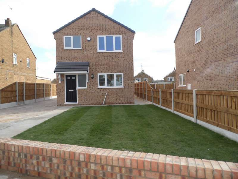 3 Bedrooms Detached House for sale in East View Campsall Doncaster