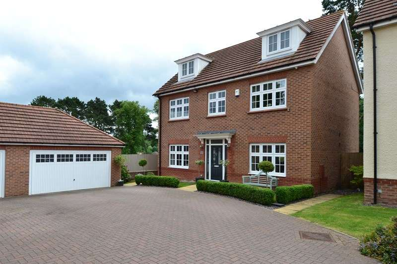 5 Bedrooms Detached House for sale in Barnard Close, Rubery, Birmingham
