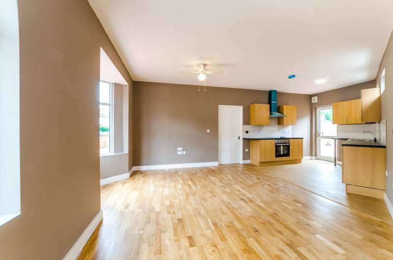 6 Bedrooms End Of Terrace House for sale in Frith Road, Leyton, E11