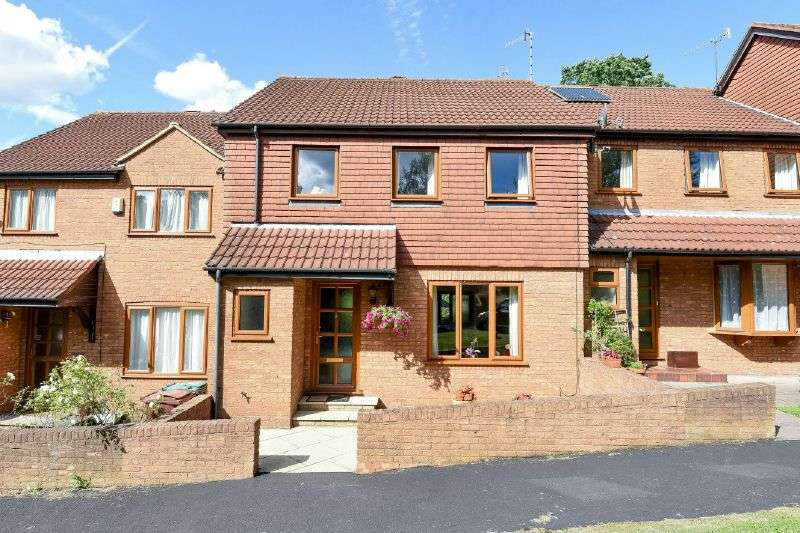 3 Bedrooms Terraced House for sale in Woodhouse Eaves, Northwood