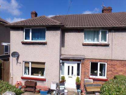 3 Bedrooms Semi Detached House for sale in Springfields, Holywell, Flintshire, CH8