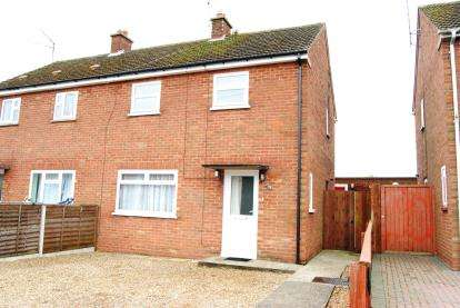 3 Bedrooms Semi Detached House for sale in Kings Lynn, Norfolk