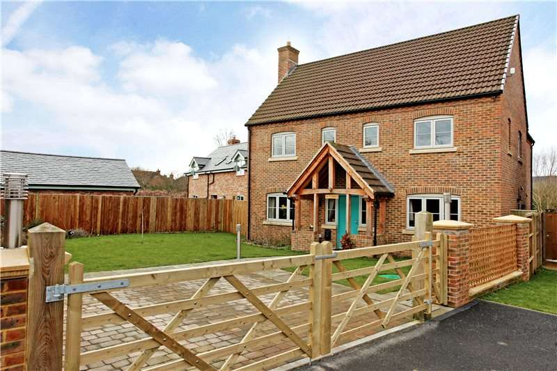4 Bedrooms Detached House for sale in High Street, Arlingham, Gloucester, Gloucestershire, GL2