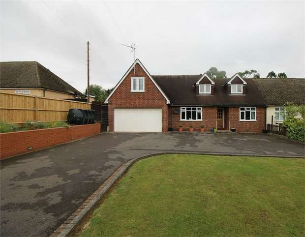 5 Bedrooms Semi Detached House for sale in Claverhambury Road, WALTHAM ABBEY, Essex