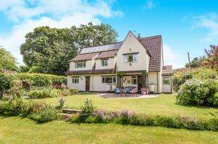 4 Bedrooms Detached House for sale in West Lavington, Midhurst, West Sussex, .