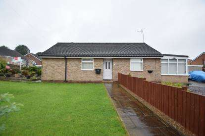 2 Bedrooms Bungalow for sale in Priestley Drive, Pudsey, West Yorkshire