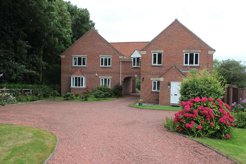 2 Bedrooms Flat for sale in Meadow View Apartments, Ouston Lane, Tadcaster, LS24 8DP
