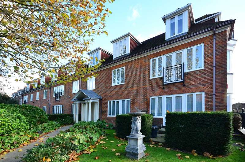 2 Bedrooms Flat for sale in Nursery Road, Wimbledon, SW19