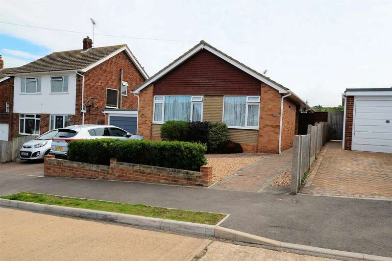 3 Bedrooms Detached Bungalow for sale in Windmill Road, WHITSTABLE, Kent