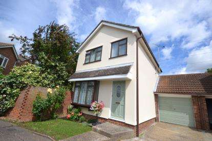 3 Bedrooms Link Detached House for sale in South Woodham Ferrers, Chelmsford, Essex