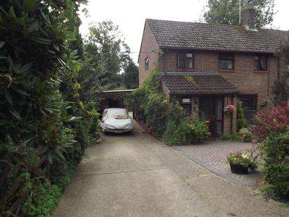4 Bedrooms End Of Terrace House for sale in Christchurch, Dorset