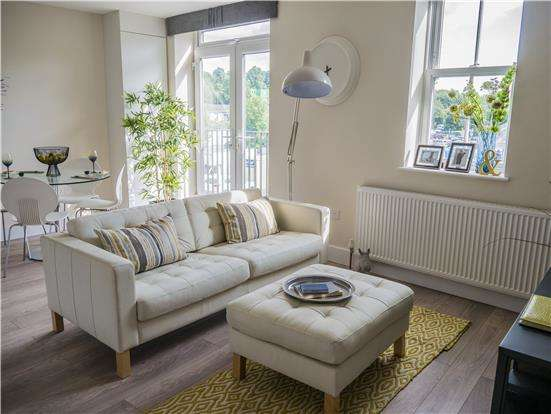 1 Bedroom Flat for sale in 26-28 Station Road, REDHILL, Surrey, RH1 1PD
