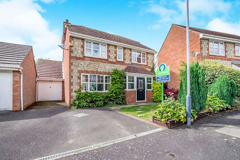 4 Bedrooms Detached House for sale in Phoenix Drive, Wateringbury, Maidstone, ME18