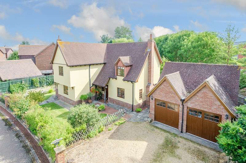 3 Bedrooms Detached House for sale in Moat Lane, Melbourn, Royston, SG8