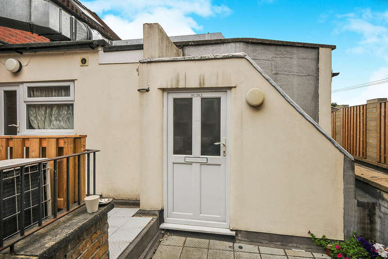 Flat for sale in Croydon Road, Beckenham, BR3