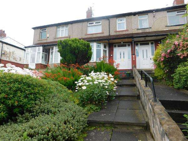 3 Bedrooms Terraced House for sale in Hutton Road, Bradford