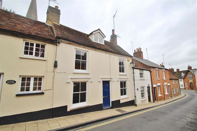 3 Bedrooms Property for sale in Well Street, Buckingham