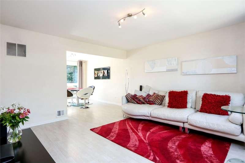 2 Bedrooms Flat for sale in Harrowdene Gardens, Teddington, TW11